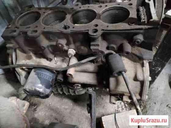 Блок двигателя Форд Скорпио C851A Мирное