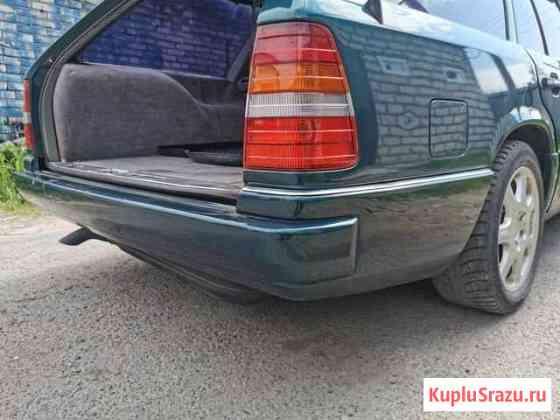 Бампер задний на Mercedes S124 универсал Сестрорецк