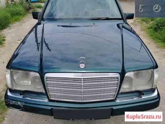 Капот Mercedes W124. Рестайлинг. Оригинал. Зеленый Сестрорецк
