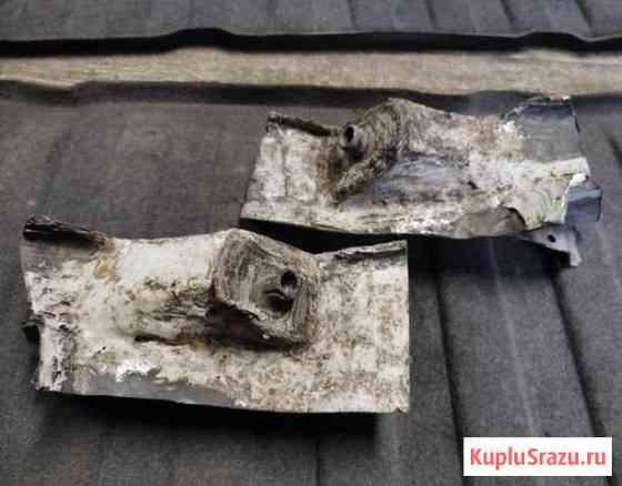 Опора крепления заднего подрамника Mercedes W124 Сестрорецк