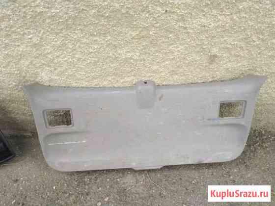 Обшивка крышки багажника Nissan Курган