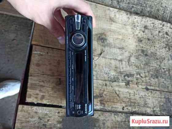 Магнитофон в машину Sony Тверь