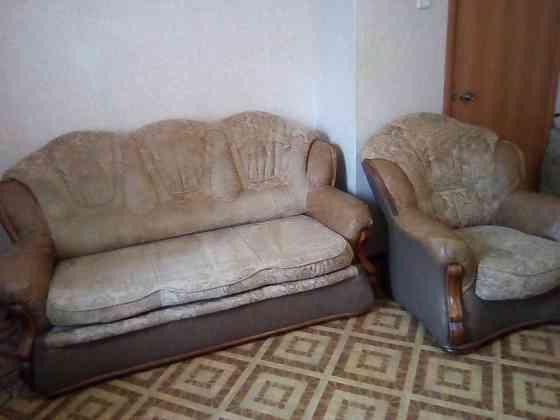 Выкатной диван+ 2 кресла. Продам Волгоград