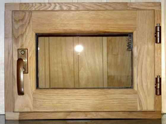 Окно дубовое со стеклопакетом Санкт-Петербург