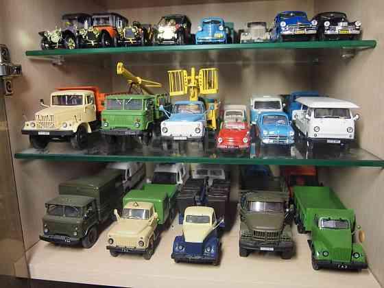 Покупаю советские сувенирные машинки в масштабе 1:43 Москва