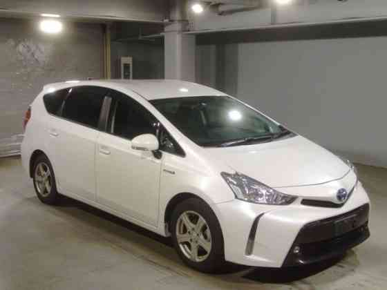 Минивэн 7 мест гибрид Toyota Prius Alpha кузов ZVW40W модификация S Москва