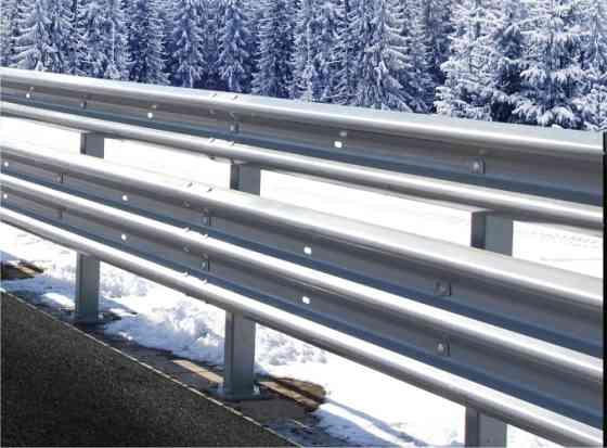 Дорожные удерживающие барьеры, металлические одно и двухсторонние Ставрополь