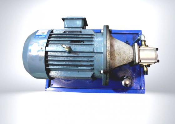 Оборудование для переработки пластмасс, мини-экструдеры Сыктывкар